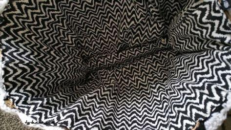 Tas 4 op bestelling zwart wit 3.jpg gevoerd