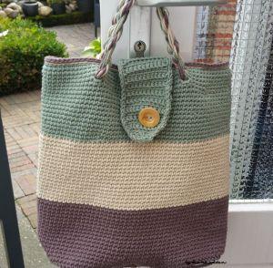 Haakhelden vinden leuk: gehaakte tassen