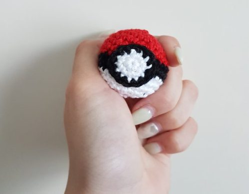gehaakte pokemon pokeball